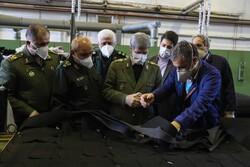 Defense min. paying visit to factories producing anti-corona fight supplies