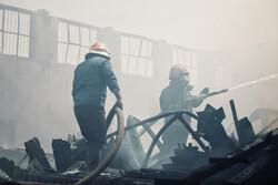 ہمدان میں گاڑیوں کے پارٹس کے گودام میں آگ لگ گئی