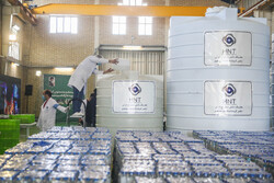 جراثیم کش محلول کی 150 ہزار بوتلوں کی تقسیم