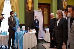 صدر روحانی نے علم پر مبنی کمپنیوں کی محصولات کی نمائش کا قریب سے مشاہدہ کیا