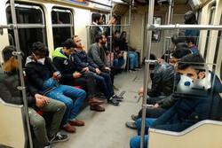شلوغی ایستگاههای تقاطعی مترو اجتنابناپذیر است/ استفاده اجباری از ماسک ممکن نیست