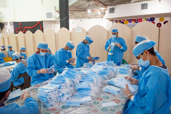 Volunteer groups produce 20,000 face masks in Shiraz