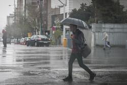 حداکثر دمای هوای قم ۱۱ درجه میشود/ بارش باران طی ۴ روز آینده