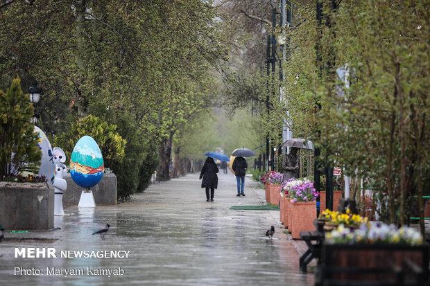 Rain freshens up Tehran