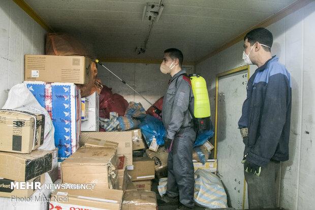 Disinfecting postal parcels against coronavirus
