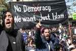 الليبرالية الديمقراطية الغربية تفشل في إدارة العالم/ العالم اليوم بحاجة إلى مُخَلِص