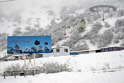 بارش برف بهاری در گردنه کوهستانی حیران