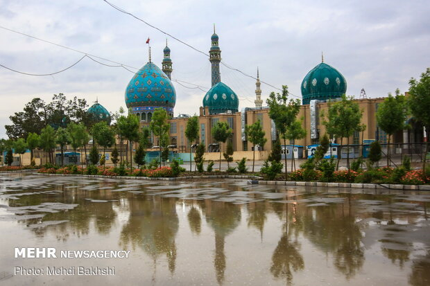 Jamkaran Mosque on birth anniv. of 12th Shia Imam