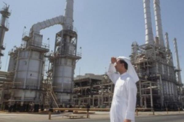 رويترز: السعودية مستعدة لخفض إنتاجها النفطي بما يصل إلى 4 ملايين برميل يوميا