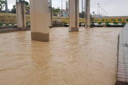 احتمال وقوع سیلاب در رودخانه قم/ بارش باران تا شنبه ادامه دارد