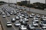 ترافیک سنگین در جادههای منتهی به تهران/ بارندگی در محورهای شمالی