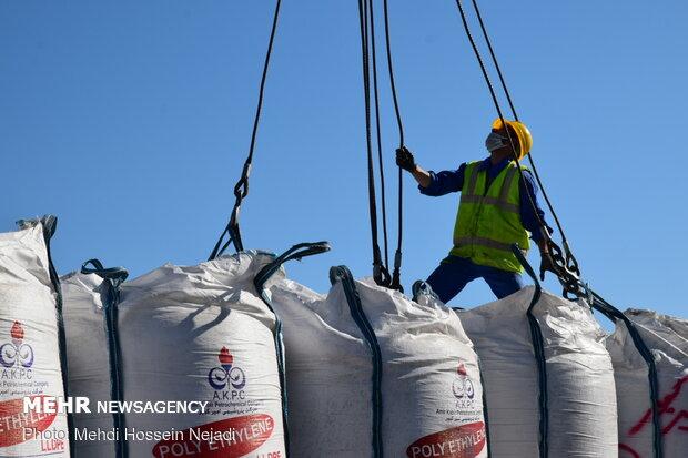 Goods loading, unloading in Astara port