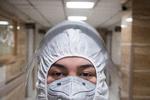 تحقیق درباره اثر به جا مانده از ماسک در صورت کادر درمان
