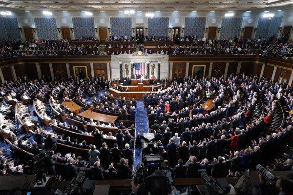 امریکی کانگریس میں صدر ٹرمپ کو عہدے سے ہٹانے کی قرارداد منظور