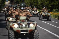 """Şiraz kentinde """"Ulusal Ordu Günü"""" törenle anıldı"""