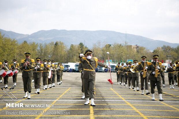 مراسم «رژه خدمت» روز ارتش در تهران