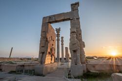 İran'ın turistik cazibesi Persepolis yeniden açıldı