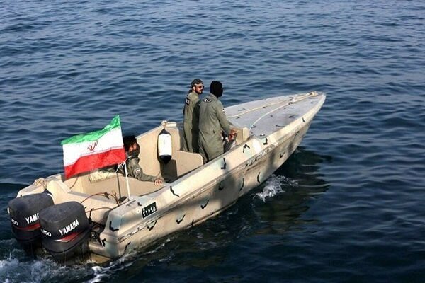 Maritime guards bust 1 ton of narcotics in S Iran