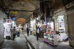 تہران کے بازار میں دکانوں کے شٹر کھل گئے