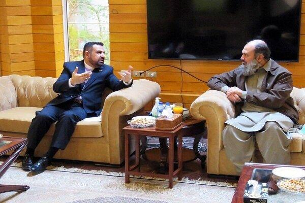 Iran, Pakistan discuss bilateral ties