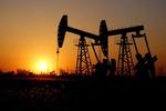 خیز قیمت نفت برای جهش هفتگی ۹ درصدی / عبور برنت از مرز ۴۳ دلار