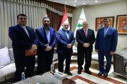 İran'ın Bağdat Büyükelçisi, Irak Sağlık Bakanı ile görüştü