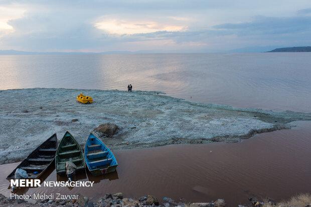 Lake Urmia's water volume surpasses 5bn cubic meters