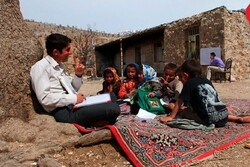 کلاسهای مدارس روستاهای محروم حضوری برگزار میشود