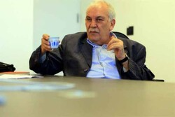 """وزير لبناني سابق ل""""مهر"""": رياض سلامة هو منفذ لسياسات الولايات المتحدة الأميركية"""