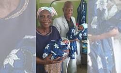 نائجیریا کی68 سالہ خاتون نے جڑواں بچوں کو جنم دے دیا