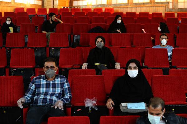 3434899 جامعه صنفی تهیه کنندگان سینمای ایران - تعداد سینماهای مردمی «فجر ۳۹» افزایش مییابد/ اکران تا ساعت ۸ شب