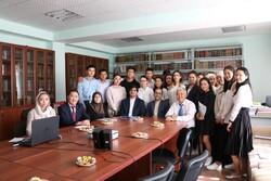 آموزش زبان فارسی در قرقیزستان؛ نزدیکی فرهنگی و «مساله» بازار کار