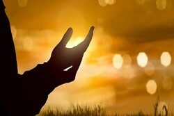 دعا و ارتباط با خدا مایه آرامش و امید