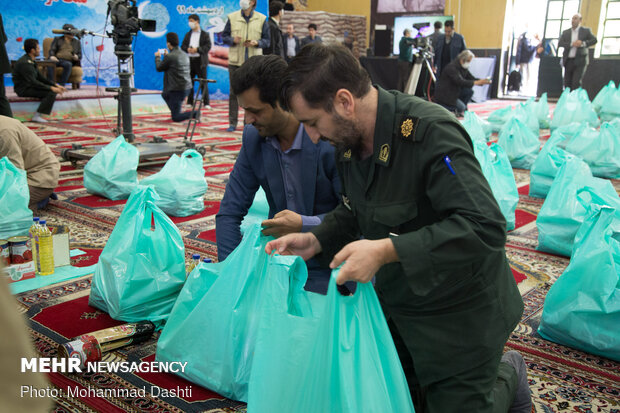 """""""Equality, Sincere Assistance Maneuver"""" in Ardabil prov. amid outbreak"""