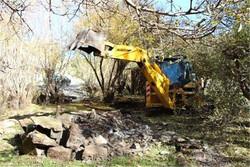تخریب ساختوسازهای غیرمجاز حریم رودخانه «کاکارضا»