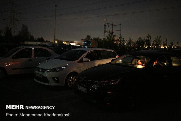 سينما السيارات في برج الميلاد في زمن كورونا