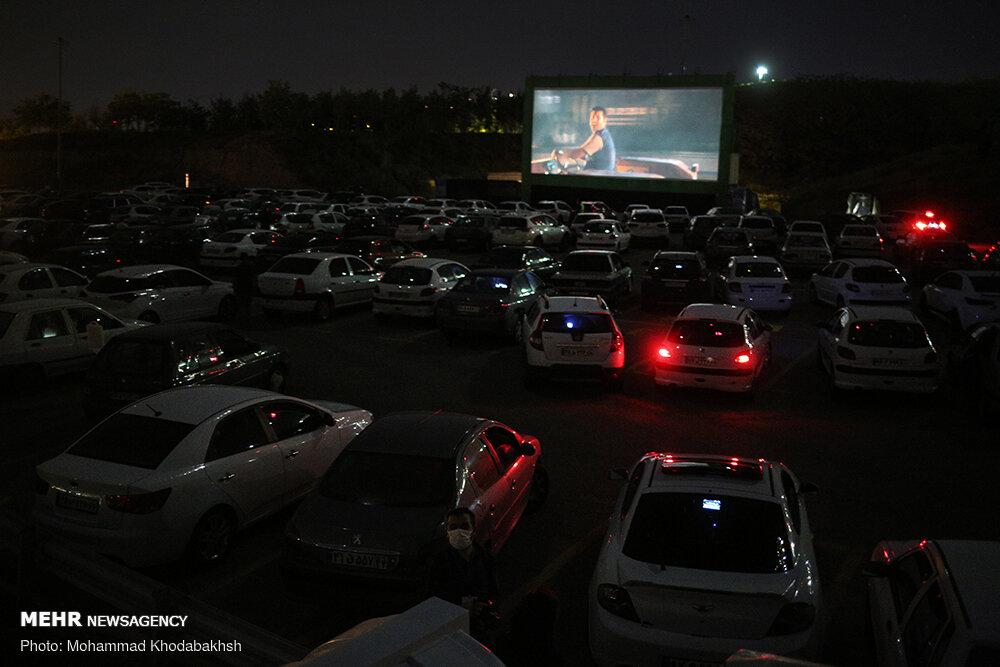 توسعه «سینماماشین» همزمان با عید فطر/ گیشه «خروج» ۱۵۰ میلیونی شد