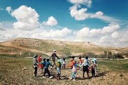 """حركة تطوعية لخدمة أهالي قرية تابعة لمدينة """"همدان"""" / صور"""