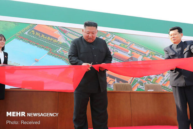 VIDEO: N. Korea leader ends weeks of speculation over his health by appearing in public