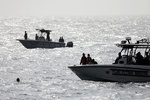 القوات المسلحة الفنزويلية تؤكد على توفير الحماية لناقلات النفط الايرانية