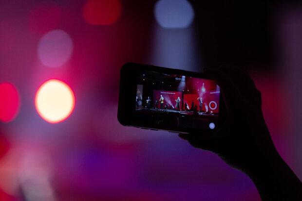 گردش مالی غیرشفاف کنسرتهای آنلاین/ «حال خوب مردم» چند فاکتور شد؟