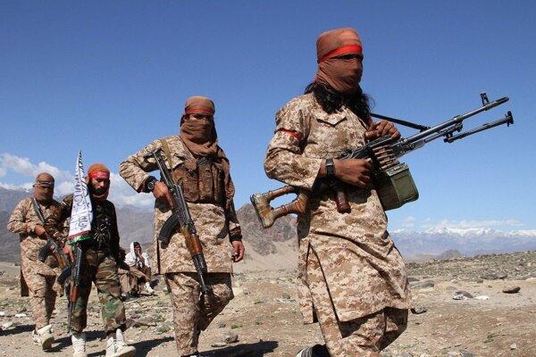 افغانستان میں طالبان کے حملے میں 10 اہلکار ہلاک
