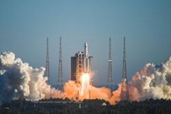 چین فضاپیمای آزمایشی به فضا فرستاد