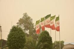 وزش باد شدید در اصفهان/ غرب استان  بارانی میشود
