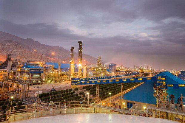 Iran's annual petchem output to hit 100mn tons next year