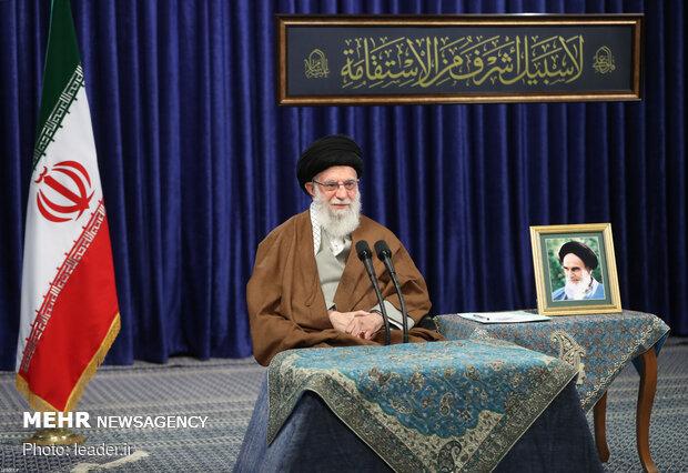 رہبر معظم انقلاب اسلامی سے ہفتہ مزدور کی مناسبت سے پیداوار سے منسلک  7 اداروں کا تصویری رابطہ