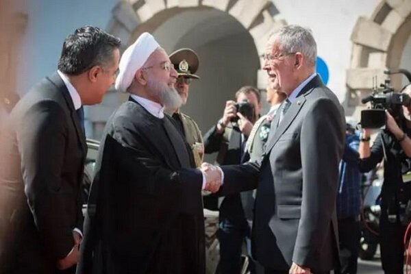 Rouhani urges EU to pressure Israeli regime, not allow further attacks on Syria