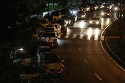 توقف وسایل نقلیه در میادین و در طول مسیر عبور خودروها ممنوع است