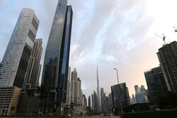 ارتفاع معدل وفيات وإصابات كورونا في الإمارات