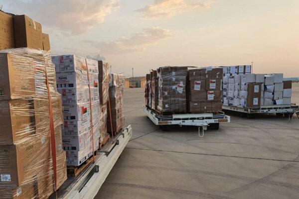 دومین محموله کمک های کرونایی عمان به ایران تحویل شد